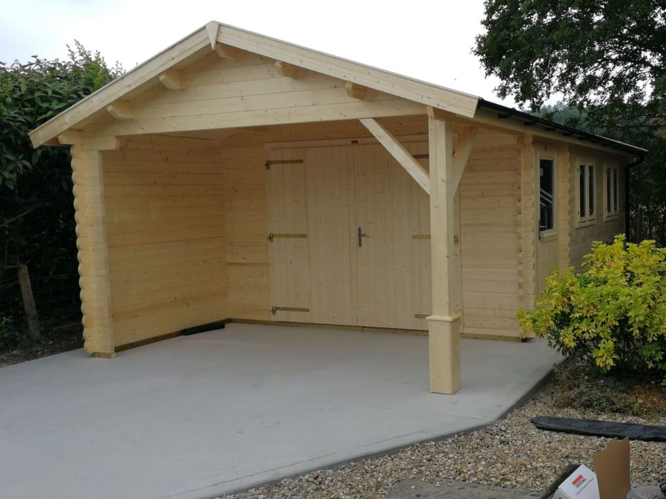Keops Ford Classic garage with canopy