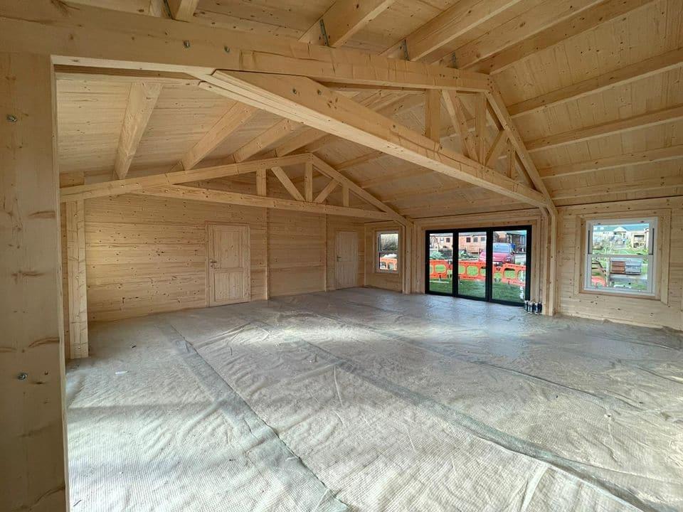 8 metre open roof trusses