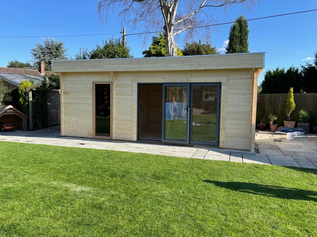 Keops Interlock Moderna log cabin 6.5m x 3.35m with sauna and wet room